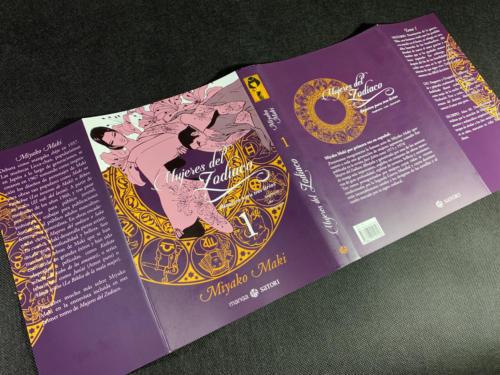 Mujeres del Zodíaco - Sobrecubierta Desplegada